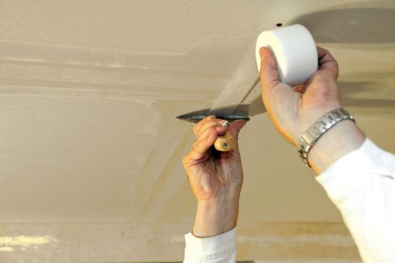 Как выполнить шпаклевку гипсокартонных листов.